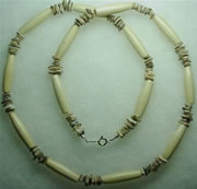 bone and volutta chip necklace 004